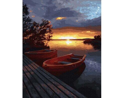 Zachód słońca nad wodą