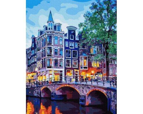 Lampki nocne w Amsterdamie